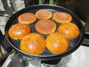 Hamburger zsemlék pirítása