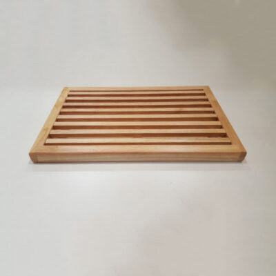 Parawood 25x33 cm-es fa kenyérvágó deszka